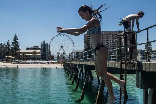 Australia records hottest day ever