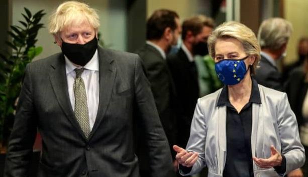 EU and UK still far apart but Brexit deal hopes rise